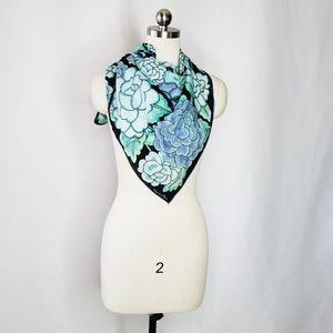 oscar de la renta floral silk square scarf blue